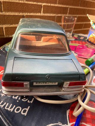 Mercedes diplomatico teledirigido