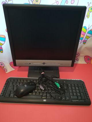 Pantalla 19 pulgadas , teclado con número y ratón
