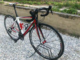 Bicicleta de carretera Cannondale Synapse