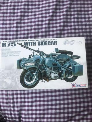 Maqueta moto Lion Roar R75 with Sidecar