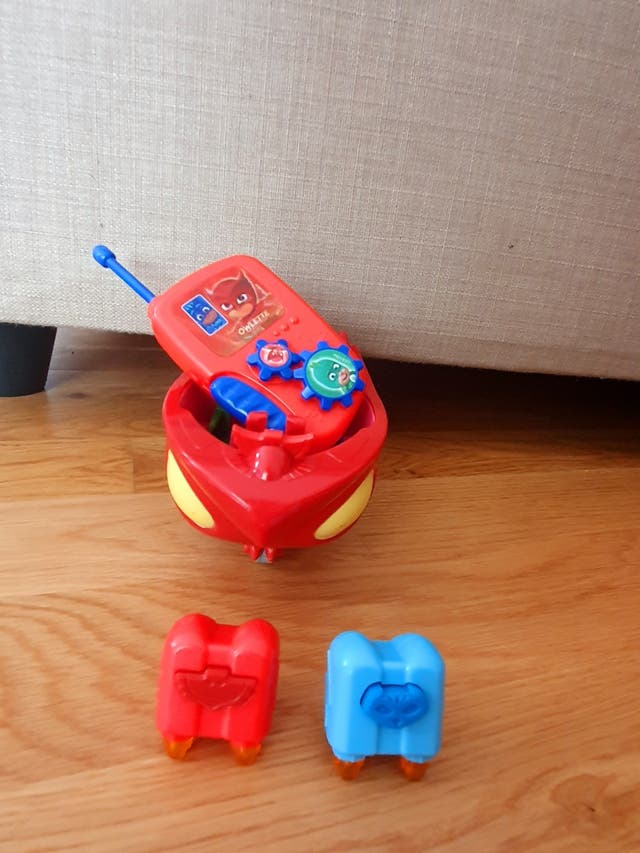 ship with phone of pj masks