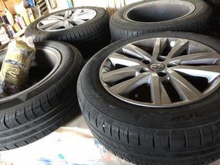 Llantas polo y neumáticos