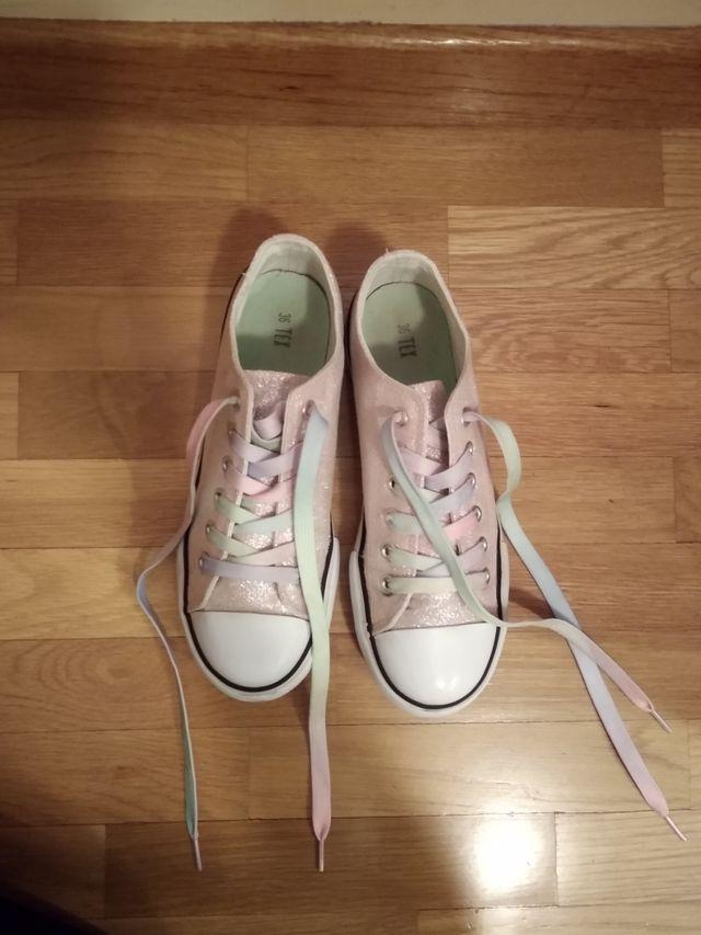 zapatillas de lona rosas purpurina