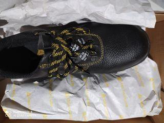 Zapatos de trabajo con puntera de metal