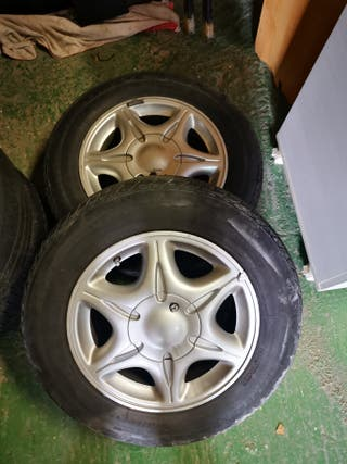 llantas Renault