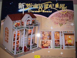 Casa de madera miniatura DIY Dream House