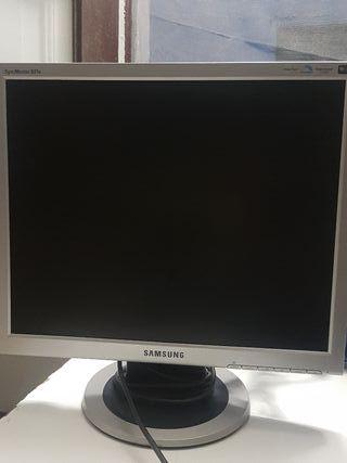 """Pantalla Samsung 901N 19"""""""