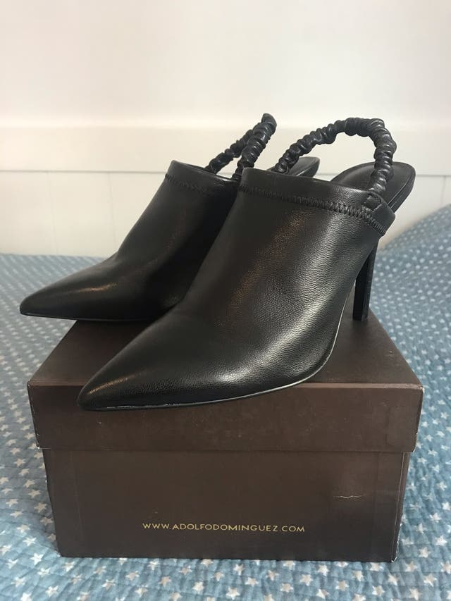 Zapatos de tacón de Adolfo Dominguez