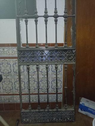 Portón forja Antiguo