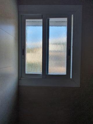 Vendo ventana aluminio