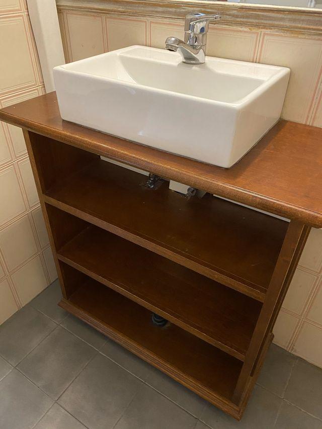 Mueble de baño y lavabo