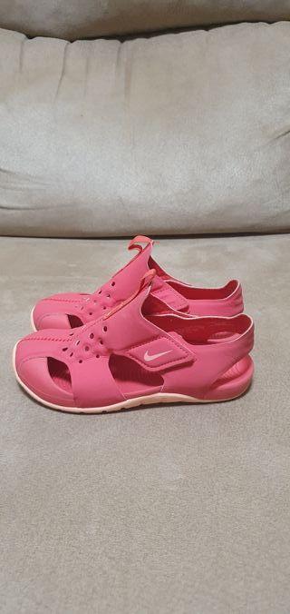 Zapatillas de verano Nike talla 29.5
