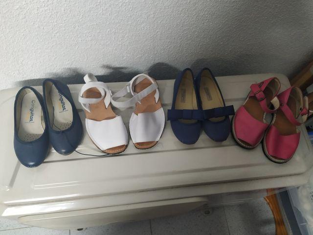 Menorquinas y zapatos talla 29