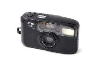 Cámara analógica compacta Nikon Zoom 200 AF
