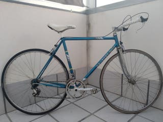 bicicleta fixie urbana carretera