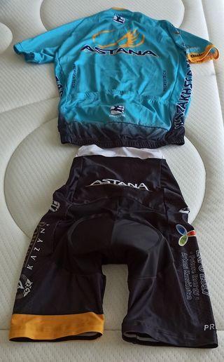 Conjunto de ciclismo - camiseta y culotte Astana