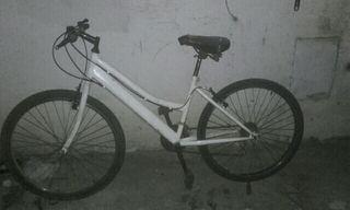 bicicleta de 26 ,tlf 634846547