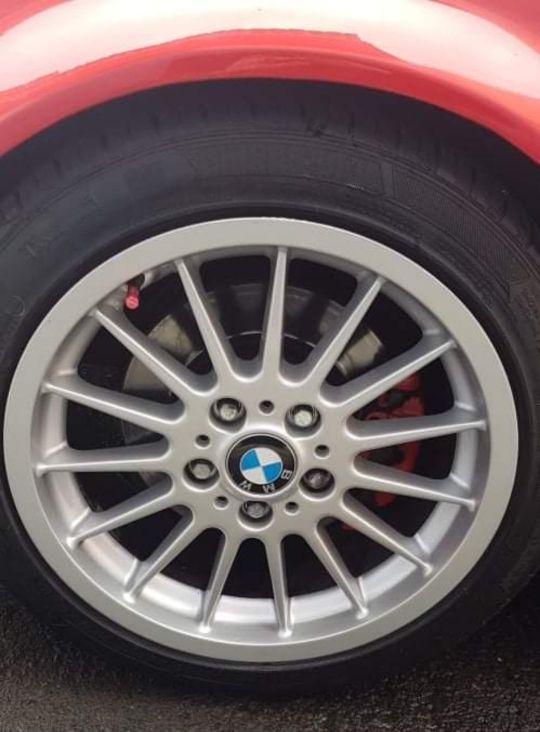 Se venden llantas originales de BMW, Styling 32