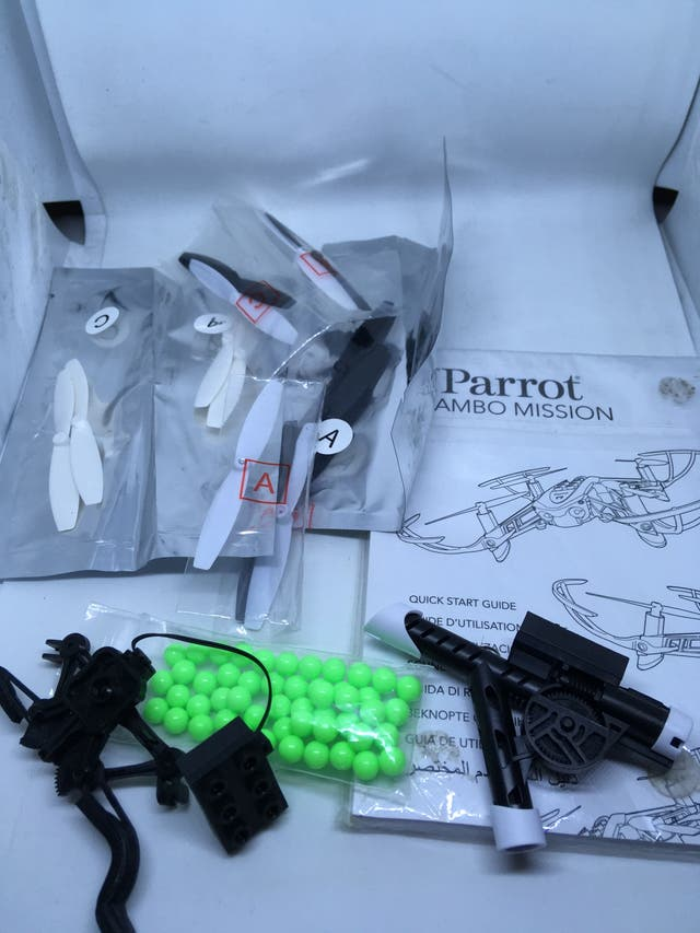 Dron Parrot Mambo