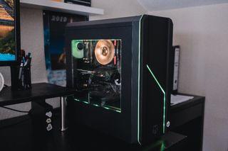 CAJA TORRE ESTRUCTURA CHASIS PC ordenador Gaming.