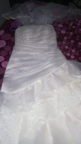 vestido novia escucho oferta