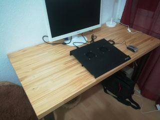 Mesa oficina maciza ikea 1.20cm x 60cm ancho y 70c