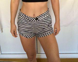 Shorts marineros