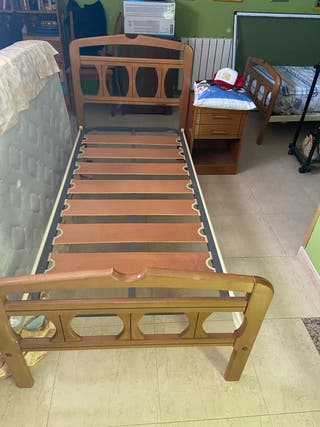 Lote 2 soportes para cama