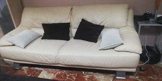 Se vende sofas (relax)