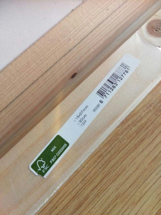 Listones de madera nuevos