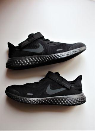 Zapatillas Nike Revolution 5 Flyease Running 38,5