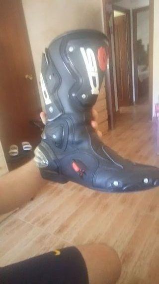 botas de moto SIDI