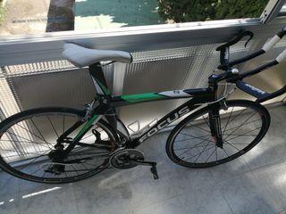 Bicicleta de Carretera Focus