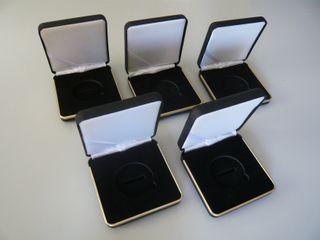 Lote 5 cajas en cuero para 1 moneda de 46 mm