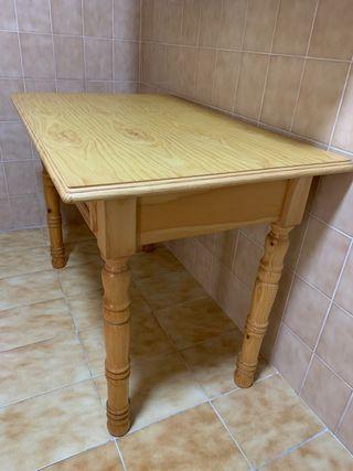 Mesa madera de pino