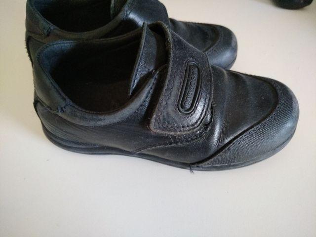 Zapato colegial numero 27