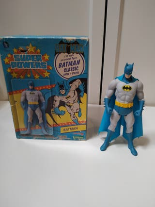 estatua Batman kotobukiya Línea Super Powers