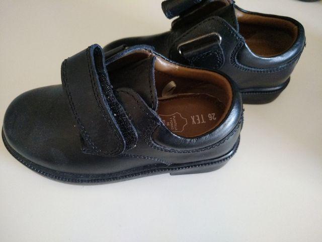 Zapato colegial 26