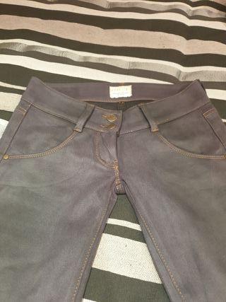 Pantalones MET