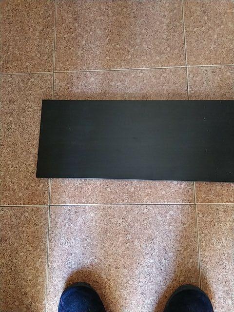 escuadras de forja negro con balda negra