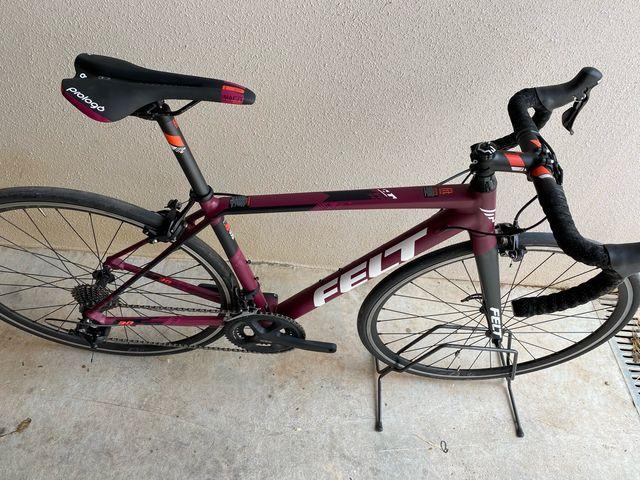 Bici Carretera mujer Felt FR30W