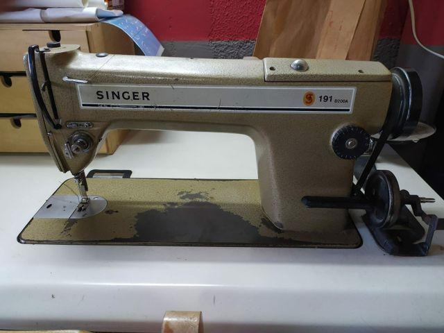 Máquina de coser plana Singer (industrial) de segunda mano
