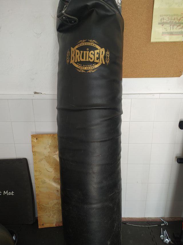 saco boxeo 180 bruiser y soporte