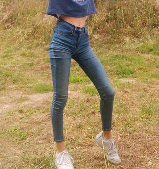 Tejanos elásticos Pull&Bear Jeans