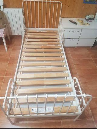 Cama de niños extensible Ikea modelo Midden