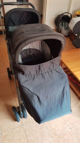carro para dos bebés