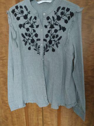 Camisa bordada de Zara