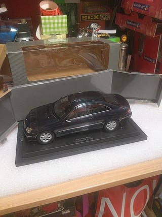 1/18 maqueta Mercedes Benz CLK class Coupé