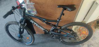 "Pro Mountain Bike Total Suspension 24 speed 26"""