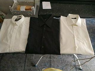lote de tres camisas de marca